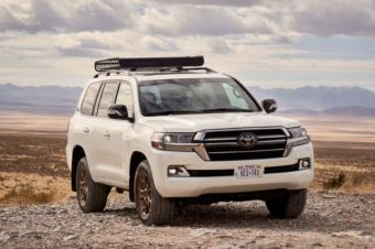5 REASONS WHY THE TOYOTA LAND CRUISER IS SO EXPENSIVE!?