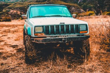 BESPOKE CAR BROKER'S TOP PICK: Jeep Cherokee XJ, The 1st SUV